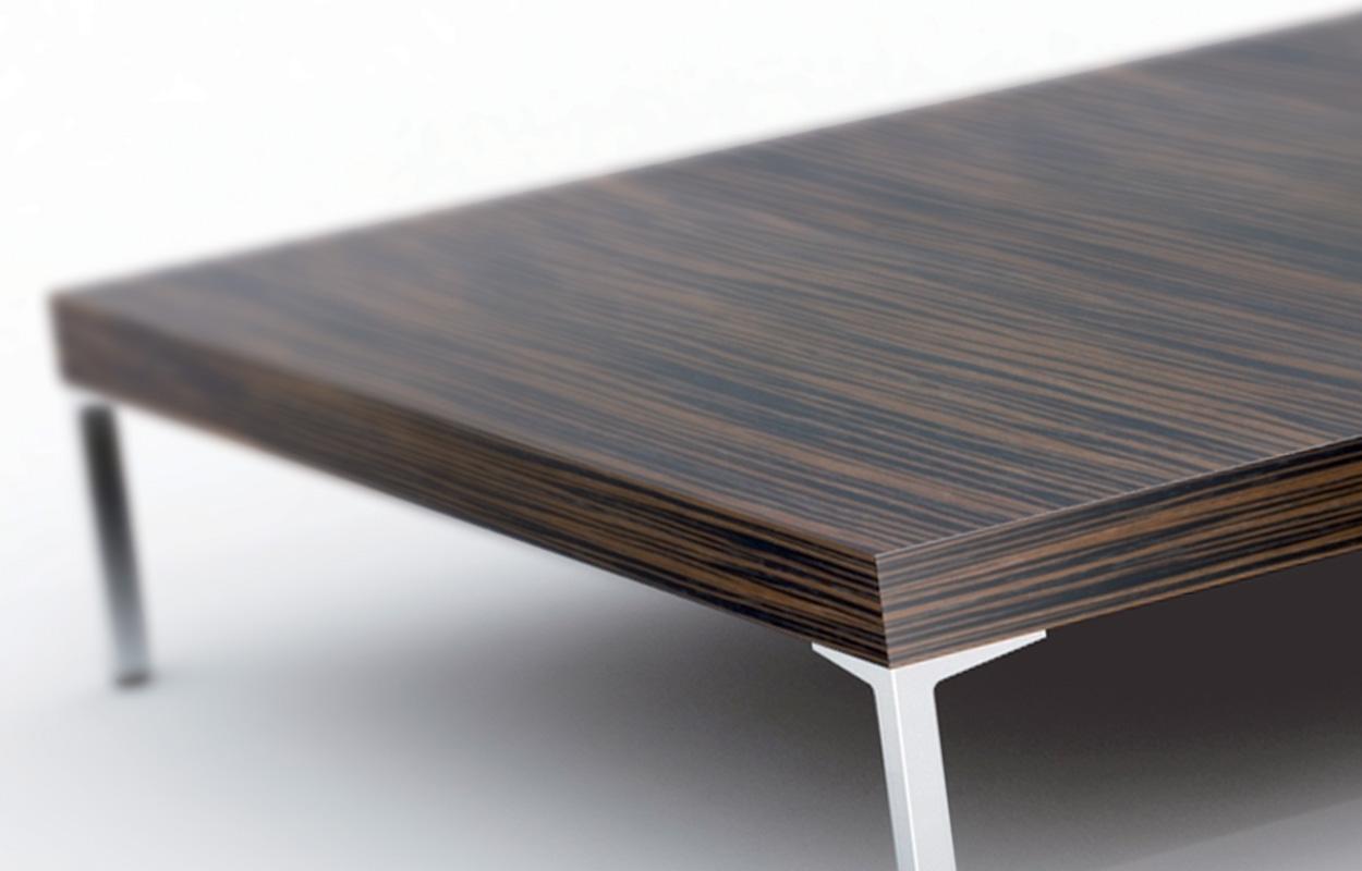Dohányzó  kisasztal 2