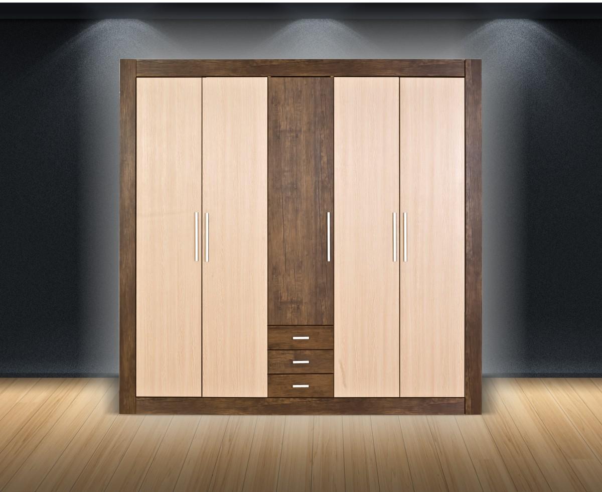 Gardrób szekrény111
