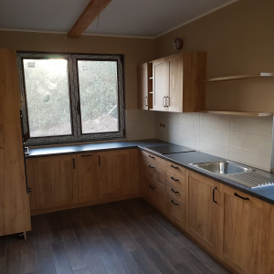 Modern és otthonos konyhabútor